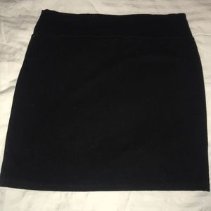 Size Small Black tight skirt